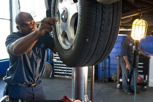 Brake Repair Technician AAMCO Tuscaloosa